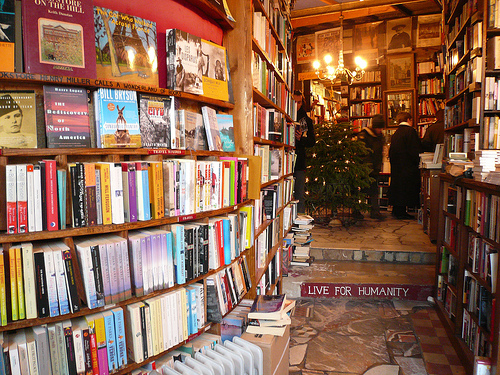 shakespeare-and-company-paris-step